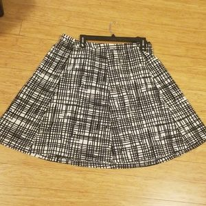 NWT Ava & Viv Black and White Flare Skirt